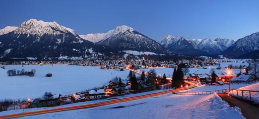 Fototapeta Abends in Oberstdorf, Deutschland obraz