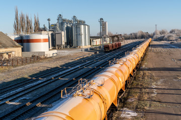 Oil or gas transportation in the railroad
