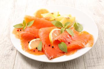 smoked salmon slice