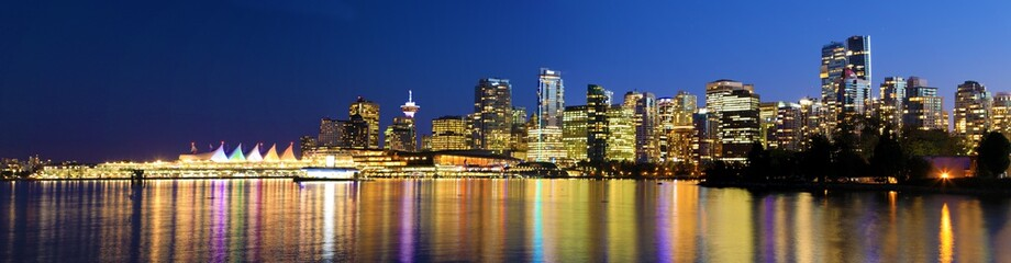 Panoramic sunset view of the Vancouver skyline Fotomurales
