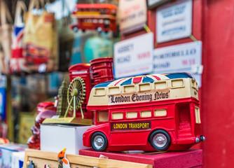 Foto op Aluminium Londen rode bus A view at Portobello Road Market