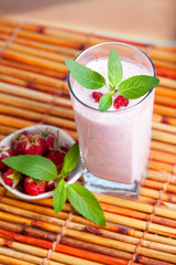 Raspberry smoothie with mint