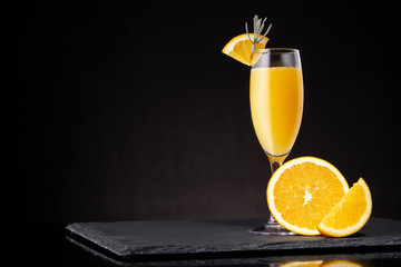 Foto op Canvas Cocktail Mimosa cocktail