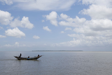 The Wider Image: Villagers fear for survival on India's disappearing island