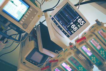 Complicated medical equipment for life support monitoring in the critical care unit