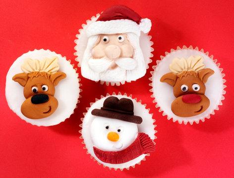 CHRISTMAS CUPCAKES OR FAIRY CAKES