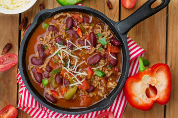 Chili con carne style stew with ground beef and beans