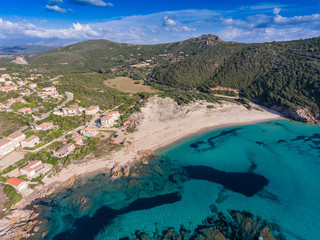 Tizzano im Süden der Insel Korsika