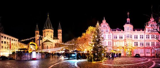 Weihnachtsmarkt in Mainz, Rheinland-Pfalz