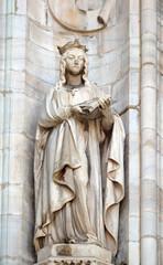 Saint Matilda of Ringelheim, statue on the Milan Cathedral, Duomo di Santa Maria Nascente, Milan, Lombardy, Italy