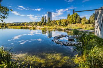Der Floridsdorfer Wasserpark an der Alten Donau in Wien, Österreich