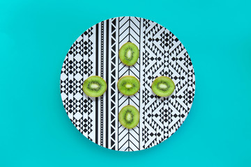 Kiwi pantone art