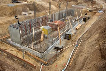 Erdarbeiten und Aushub für einen Neubau