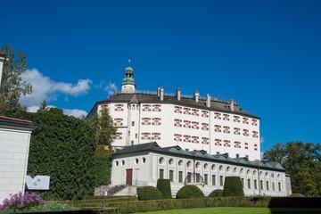 Wall Mural - Schloss Ambras in Innsbruck, Tirol / Österreich