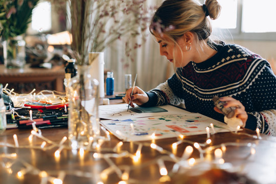 Preparing and drawing christmas decoration