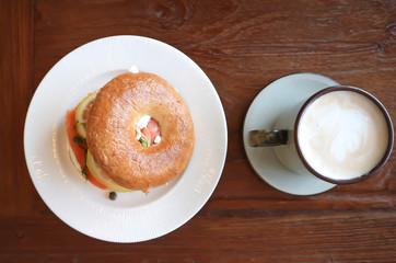 bagle with smoked salmon and milk tea