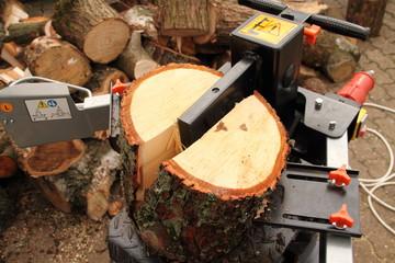 Holzspalter 6