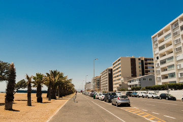Straßen an der Sea Point Promenade in Kapstadt, Südafrika