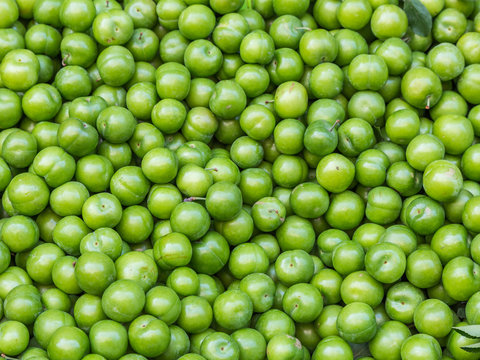 Erik, or greengages, often called sour green plums, eaten in Turkey.