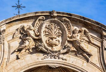 Foto auf Acrylglas Denkmal Escultura en la Catedral de Murcia, España