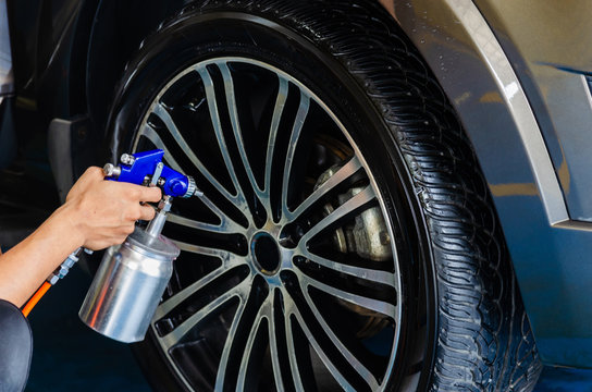Spray coating wheel