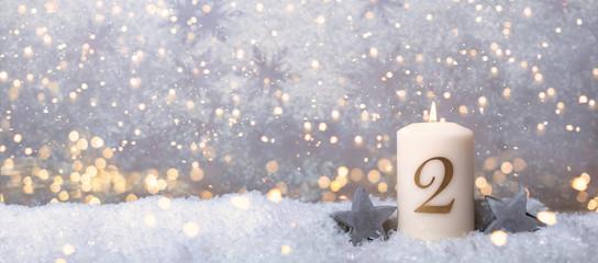 2 Advent Kerze Hintergrund golden Sonntag