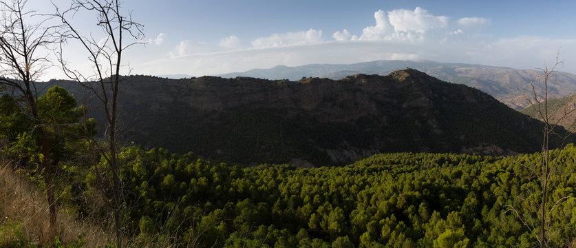 Bonita vista panorámica de la sierra de Almería