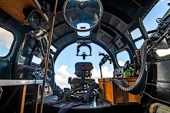 B-17 Cockpit bomber