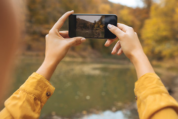 Capturing a blissful autumn moment