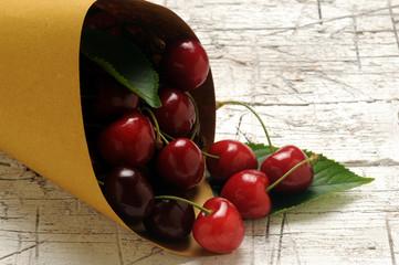 Prunus avium Cereza Ciliege Guinda ft71062191 Ciliegia