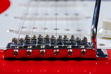 Electric guitar bridge