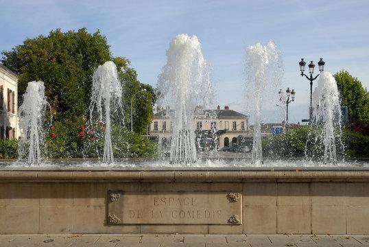 Ville d'Epernay, jets d'eau Place de la Comédie, département de la Marne, France