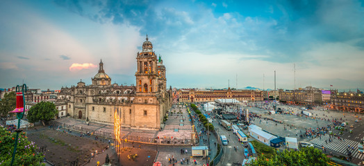 Spoed Fotobehang Mexico Zocalo square and Metropolitan cathedral of Mexico city