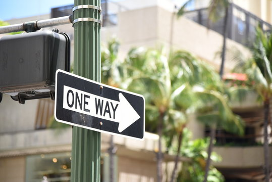 ハワイ 道路標識 一方通行 ONE WAY