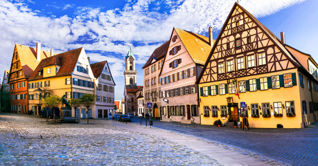 Fototapete - Best of Bavaria (Germany) - old town Dinkelsbuhl with traditional colorful houses