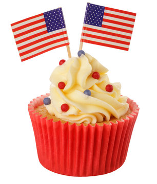 CUPCAKES WITH AMERICAN FLAG