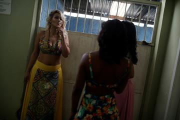 Garota TB beauty contest wait for the contest at the Talavera Bruce women prison in Rio de Janeiro
