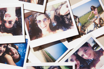 Photos with cheerful girlfriends in summertime