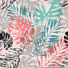 Poster Grafische Prints Art illustration: rough grunge tropical leaves filled with marble texture, doodle elements background.
