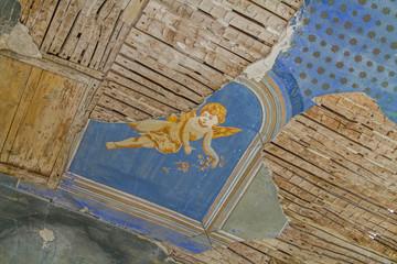 Lost place Detail - verfallene Kirche innen