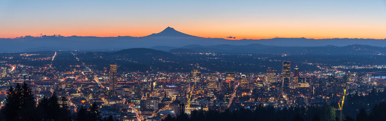 Panorama of Portland Oregon city skyline