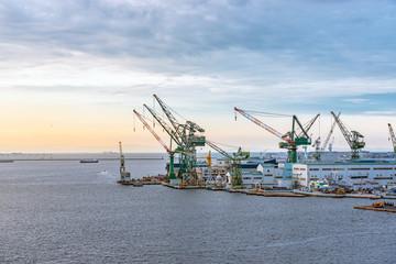Foto op Aluminium Poort 朝焼けの神戸港