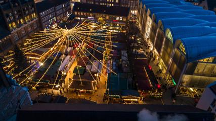 Lübecker Weihnachtsmarkt von oben