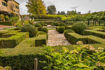 garden in Tuscan villa