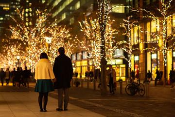 イルミネーション 夜 クリスマス 年末