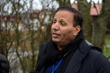 Abdulaziz Jabari, member of a Yemeni government delegation, speaks to journalists during the ongoing peace talks on Yemen held at Johannesberg Castle, in Rimbo