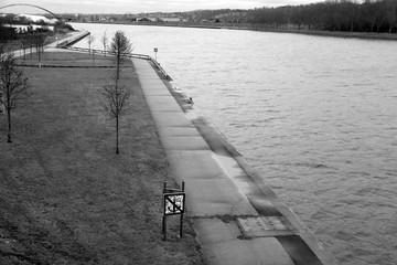 Poster Channel Interdiction de jeter l'ancre le long du canal