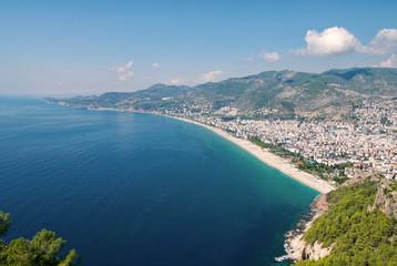 Blick auf Alanya und den Cleopatra Beach, Antalya Province, Türkei
