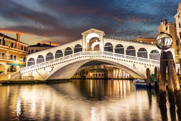 Obraz The Rialto Bridge night view, no people, Venice, Italy - fototapety do salonu