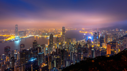 Fototapete - Hong Kong cityscape at night from the Victoria peak.